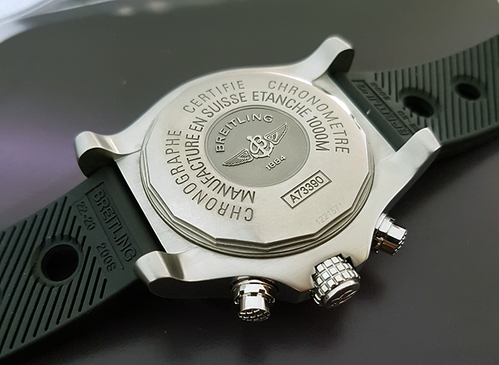 Breitling Avenger Seawolf Chronograph Quartz Wristwatch Ref. A73390
