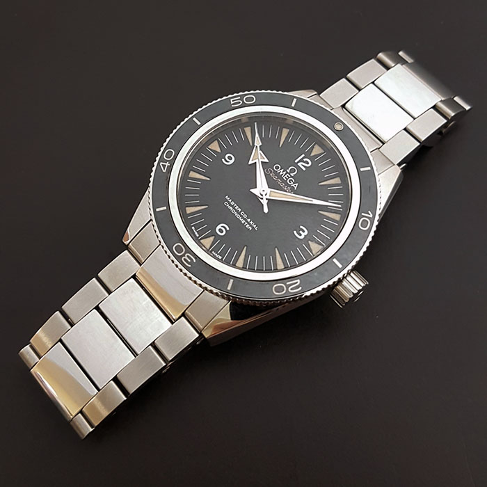 Omega Seamaster Professional Master Co-Axial Wristwatch Ref. 233.30.41.21.01.001