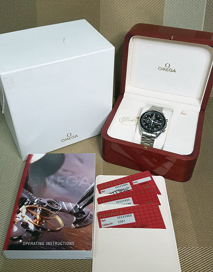 Omega Speedmaster Racing Chrono Wristwatch Ref. 3552.59