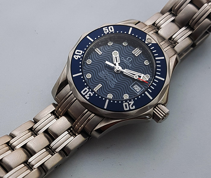 Ladies' Omega Seamaster Professional Quartz Wristwatch Ref. 2583.80