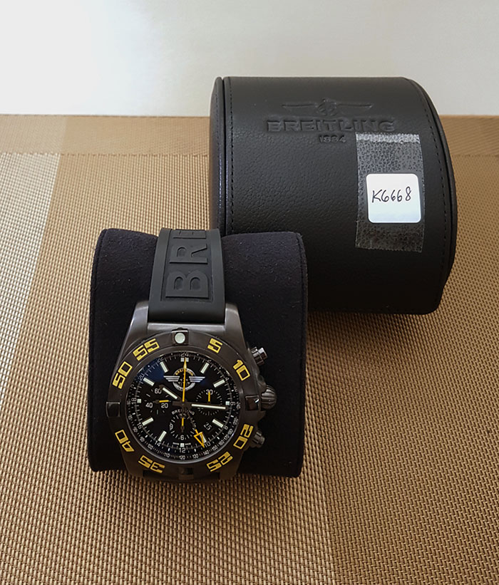 Breitling Chronomat GMT Breitling Jet Team American Tour Wristwatch Ref. MB0410