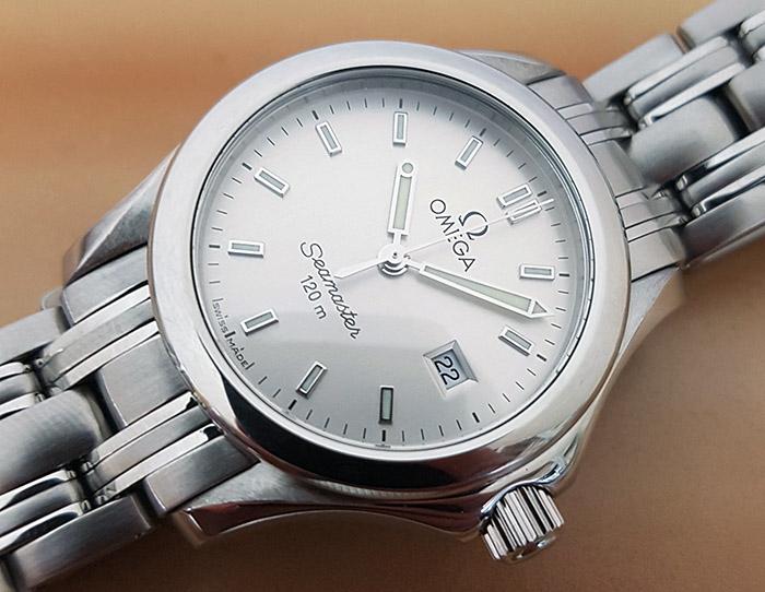 Ladies' Omega Seamaster Quartz Wristwatch Ref. 2581.30