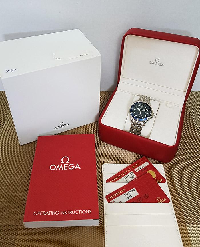 Omega Seamaster Professional Quartz 300M Wristwatch Ref. 2221.80