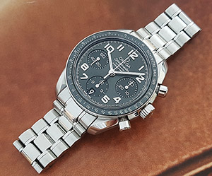 Omega Speedmaster Automatic Chronometre Wristwatch Ref. 324.30.38.40.06.001