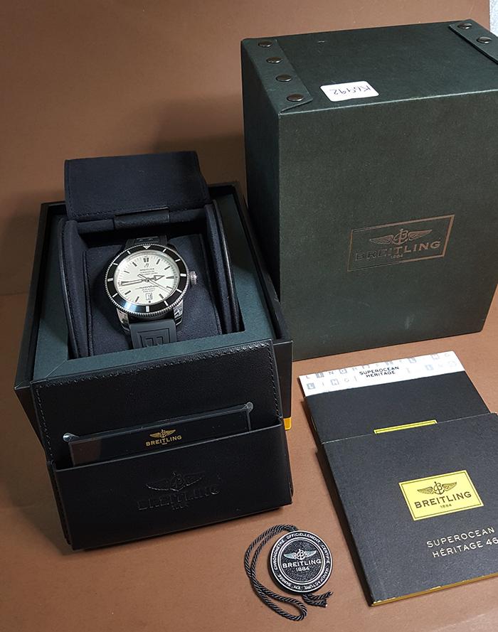 XL Breitling SuperOcean Automatic 46mm Wristwatch Ref. A17320