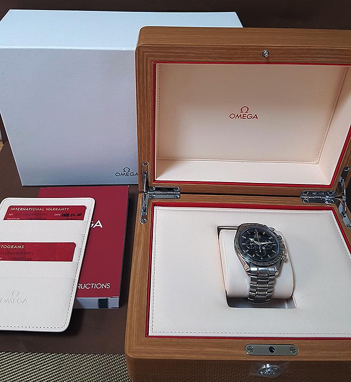 Omega Speedmaster Broad Arrow 1957 Co-Axial Chronograph Wristwatch Ref. 321.10.42.50.02.001