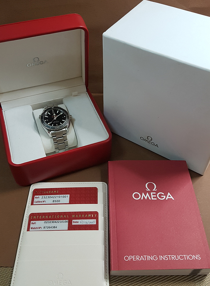 Omega Seamaster Planet Ocean Co-Axial Wristwatch Ref. 232.30.42.21.01.001