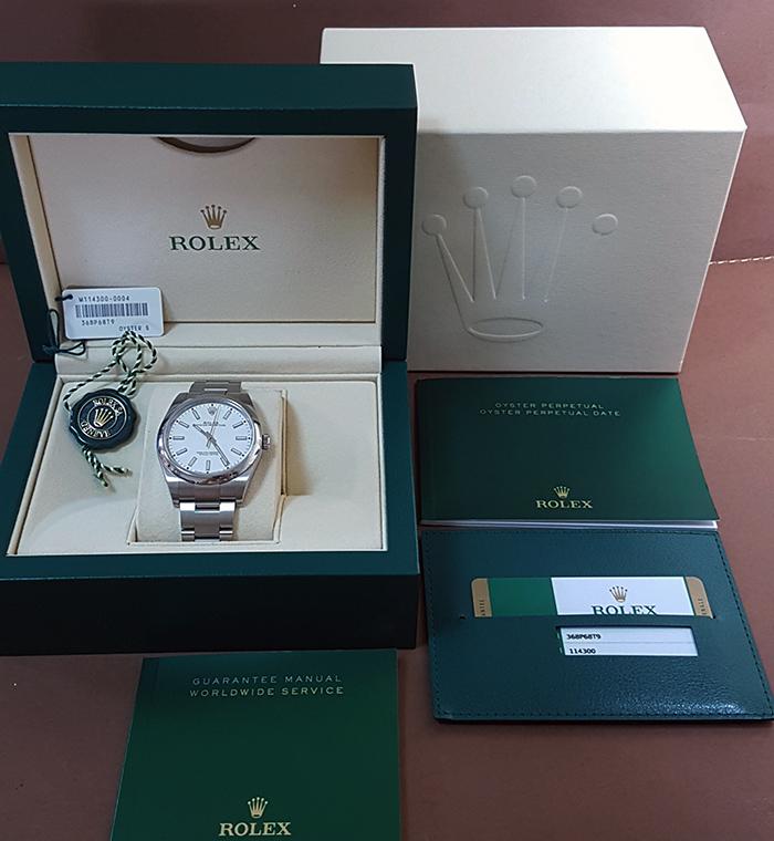 Rolex Oyster Perpetual 39 No Date Wristwatch Ref. 114300