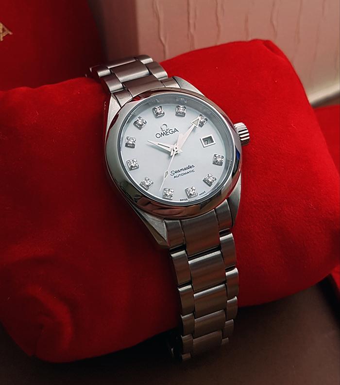 Omega Seamaster Aqua Terra Automatic Diamond Dial Wristwatch Ref. 2563.75
