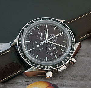 Omega Speedmaster Moonwatch Chocolate Dial Professional Ref. 311.32.42.30.13.001