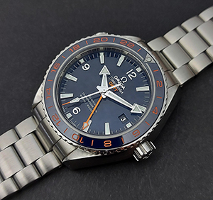 Omega Seamaster Planet Ocean Co-Axial GMT Good Planet Wristwatch Ref. 232.30.44.22.03.001