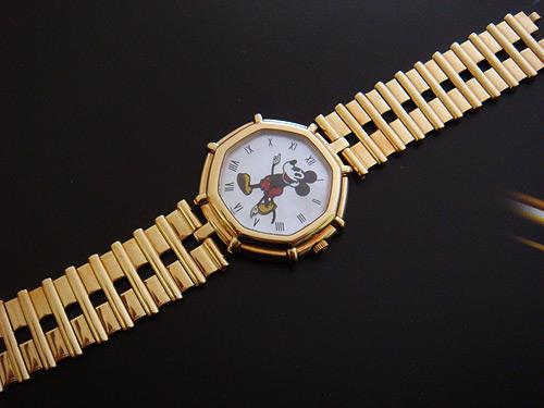 Gerald Genta 'Mickey Mouse' 18K YG Wristwatch Ref. G28607