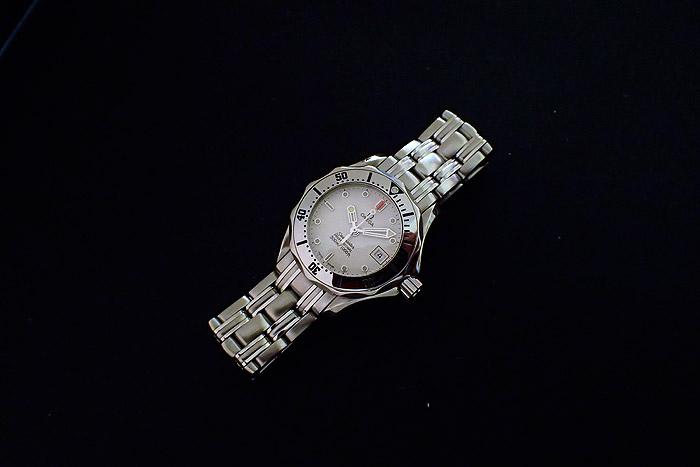 Ladies Omega Seamaster Professional 300mm Quartz Ladies Watch Ref. 2582.20