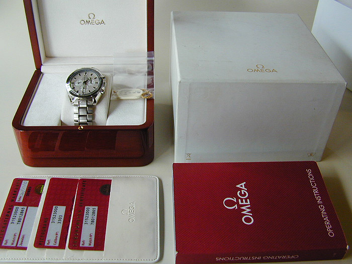 Omega Speedmaster Broad Arrow Men's Wristwatch Ref. 3152.30