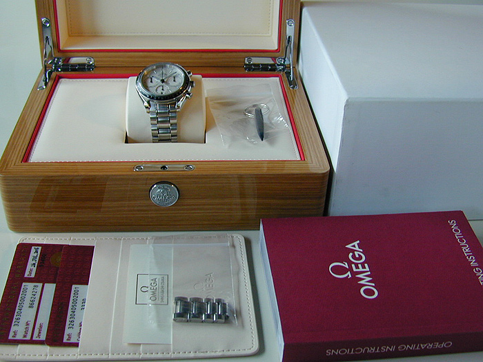 Omega Speedmaster Racing Co-Axial Chronograph Ref. 326.30.40.50.02.001