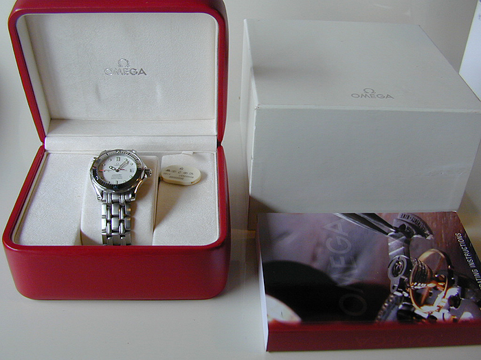 Omega Seamaster Professional Chronometer Wristwatch 300M Ref. 2552.20.00