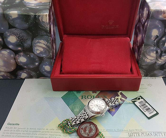 Ladies' Rolex Oyster Datejust 18K WG/SS Wristwatch Ref. 79174