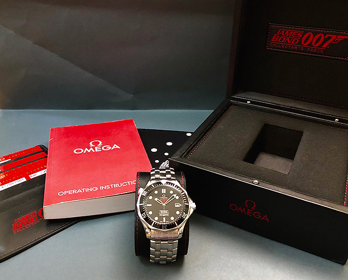 Omega Seamaster 300M Chronometer Co-Axial 007 Ref. 212.30.41.20.01.001