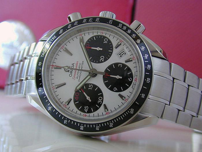 Omega Speedmaster Automatic Chronometer Wristwatch Ref. 323.30.40.40.04.001