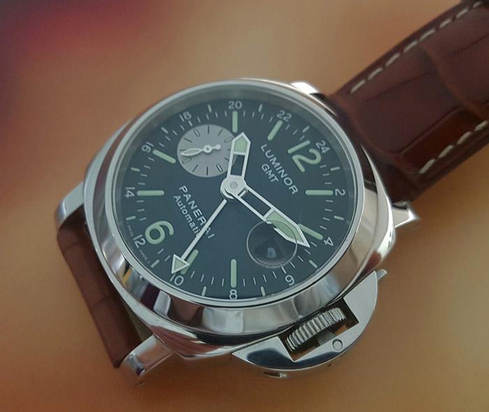 Panerai Luminor GMT Wristwatch PAM088