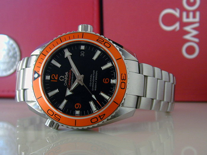 Omega Seamaster Planet Ocean Co-Axial Wristwatch Ref. 232.30.42.21.01.002
